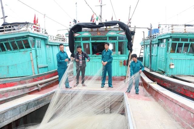 Ánh sao vuông giúp ngư dân bám biển